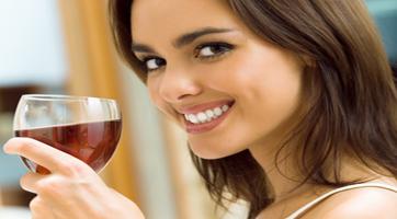 vrouw_met_wijn